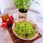 黄瓜拌金针菇(三高人群的健康食谱)