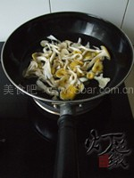 蘑菇油菜面