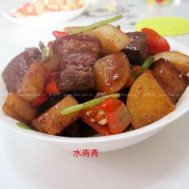 红烧萝卜肉丁