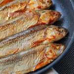 香煎华子鱼(舌尖上的达里湖华子鱼)