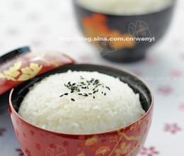 怎样用陶锅煮好一碗米饭