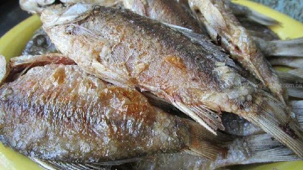 酥鱼、糟鱼