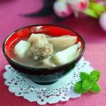 莲藕淮山排骨汤