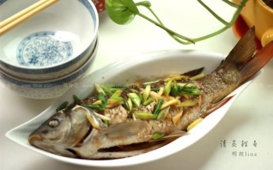 清蒸鲤鱼(清蒸菜)