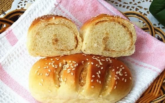 肉松小餐包(早餐菜谱)