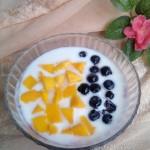 蓝莓芒果酸奶