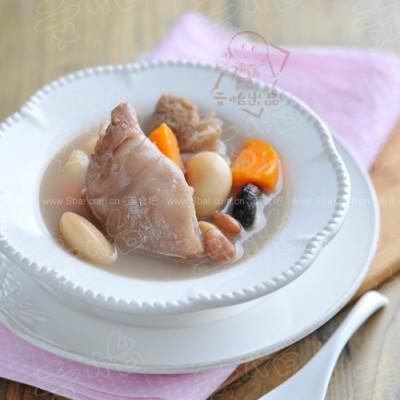 通草猪蹄芸豆汤