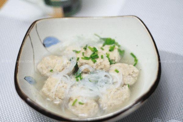 粉丝肉丸子汤