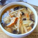 肥肠酸辣汤