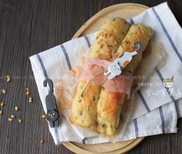 松仁葱香土豆咸面包