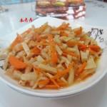 红萝卜炒春笋
