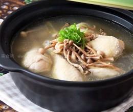 菌菇干煲鸡腿