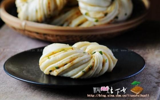 辣子香葱花卷(早餐菜谱)