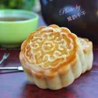 莲蓉蔓越莓月饼