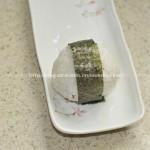 肉松饭团(早餐菜谱)