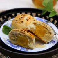 苏式蛋黄月饼