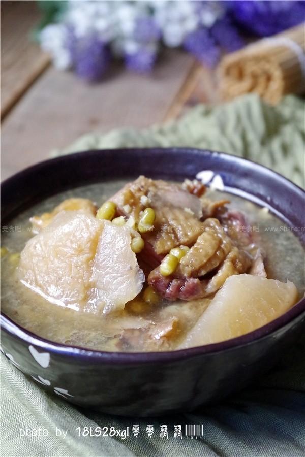 酸萝卜腊鸭绿豆煲