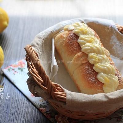 柠檬花蜜面包
