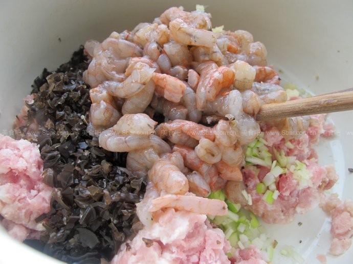 虾仁青椒水饺