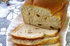 原汁葡萄干面包