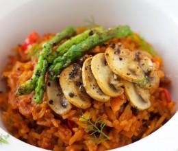 泰式炖饭配香煎芦笋黑胡椒口蘑
