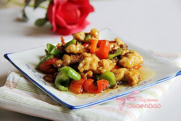 青红椒炒鸡球