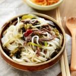 酸菜牛肉米粉(干米粉泡发方法)