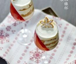 圣诞果冻木糠杯