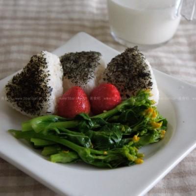 海苔三角饭团