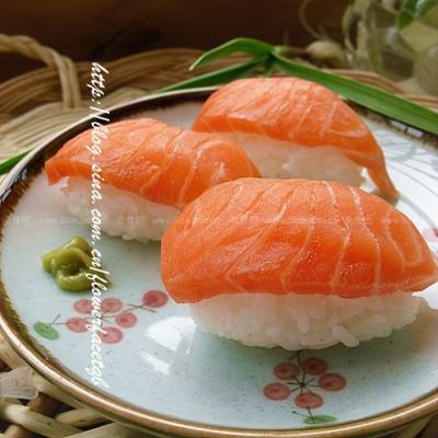 三文魚飯粑粑