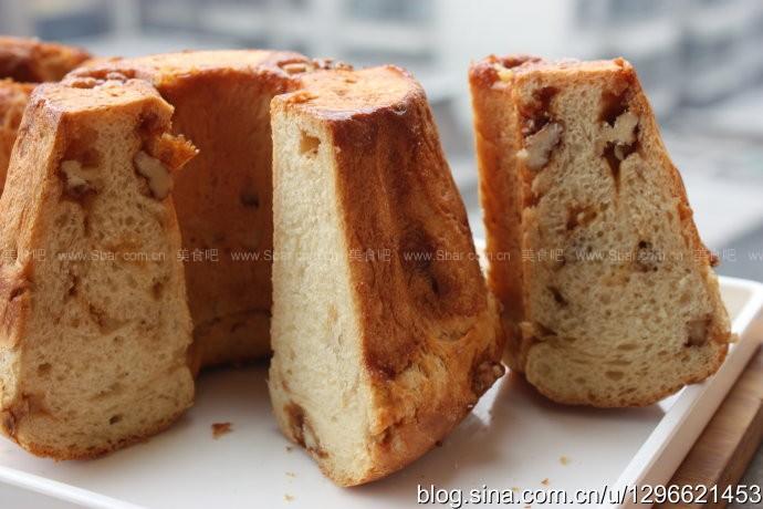 红糖核桃鲜奶油包