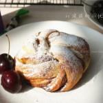 肉桂花环面包