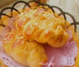 卡仕达辫子面包