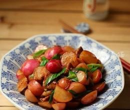 五花肉烧小萝卜