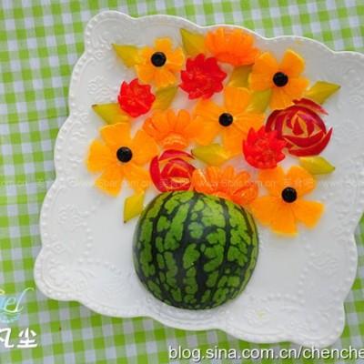 花瓶水果拼盘
