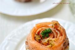 三文鱼红米饭