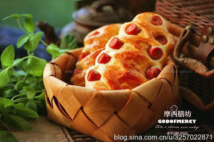 火腿肠面包