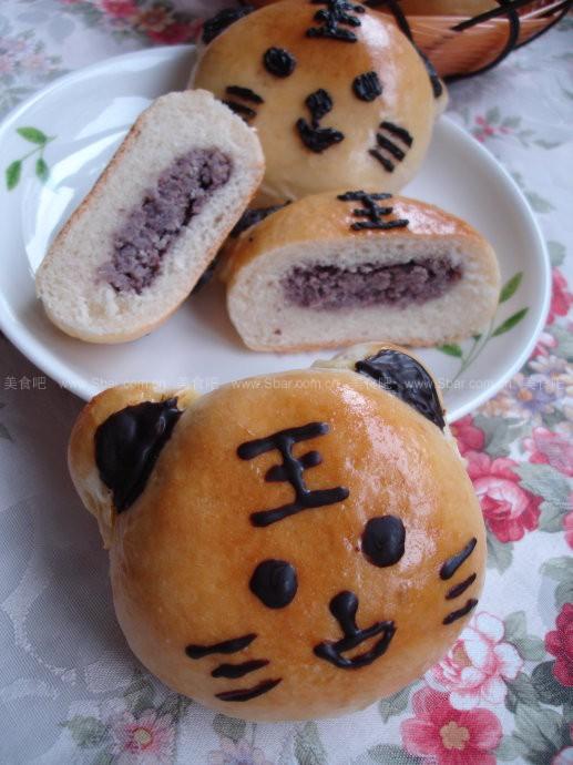 小老虎红豆面包