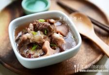 电饭煲版莲藕排骨汤