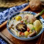 菌菇土鸡汤