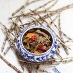 鲜石斛拌黑豆腐竹