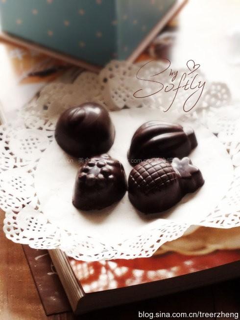 榛香蔓越莓夹心巧克力