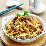 粤式干炒牛河(早餐食谱)