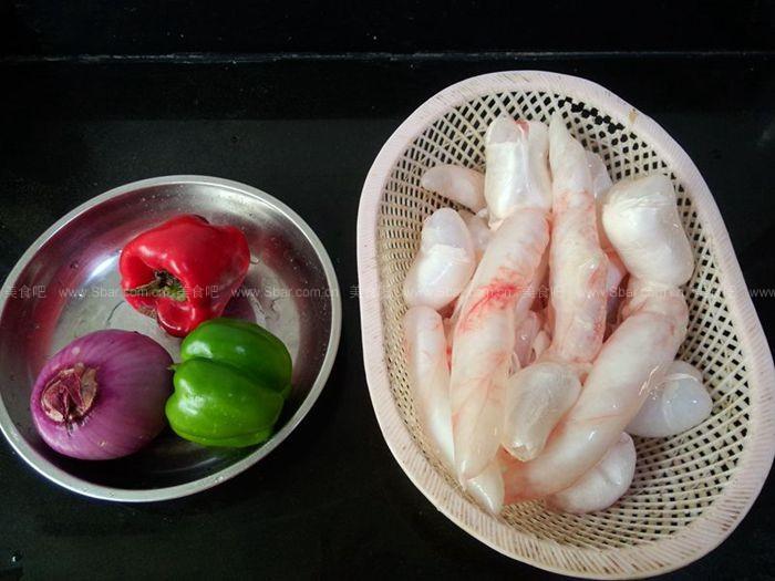 洋葱炒鱼鳔
