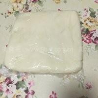 榴莲绿豆蓉冰皮月饼