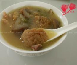 猴头菇鸡脚海参汤