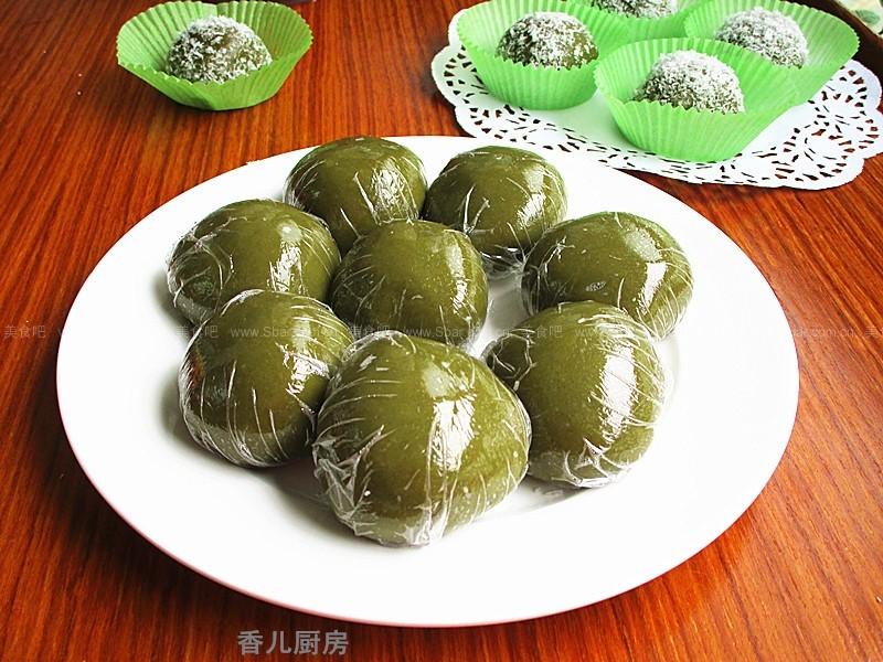 抹茶红豆青团