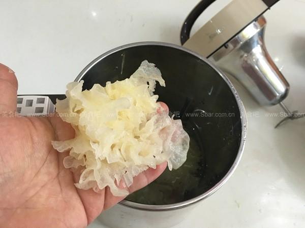 百合银耳汁