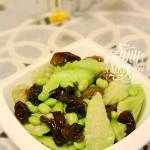 毛豆炒丝瓜木耳(清热解毒)