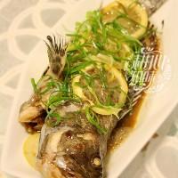 柠檬蒸石斑鱼
